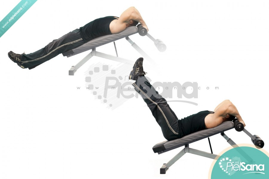 Decline Bench Leg Raise